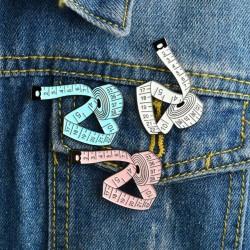 Pin Cinta Métrica